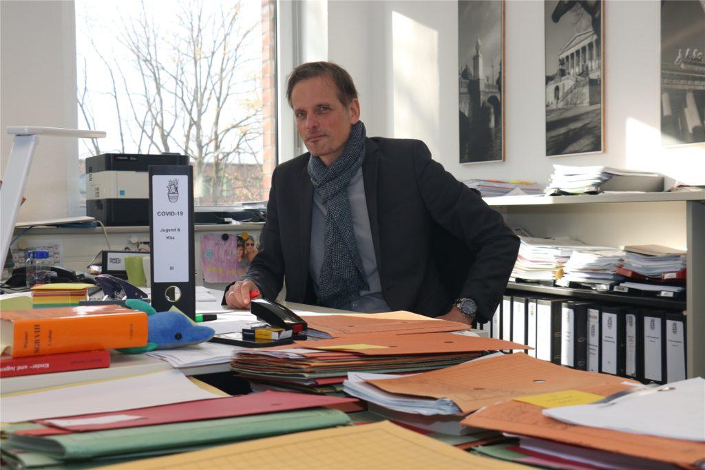 Alexander Ruhe, Jugend- und Schuldezernent der Stadt Werne, begrüßt die Idee des Schulministeriums, OGS-Helfer einzusetzen.