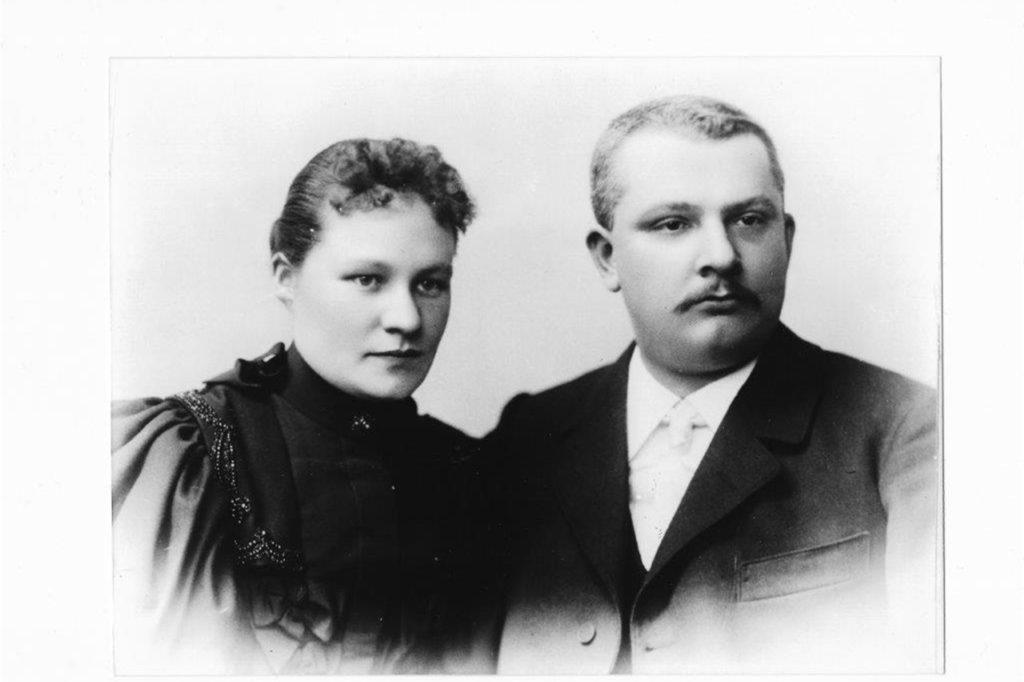 Carl Kettler, 1886 Gründer des Traditionsunternehmens Kettler in Schwerte, und seine Frau Elisabeth.