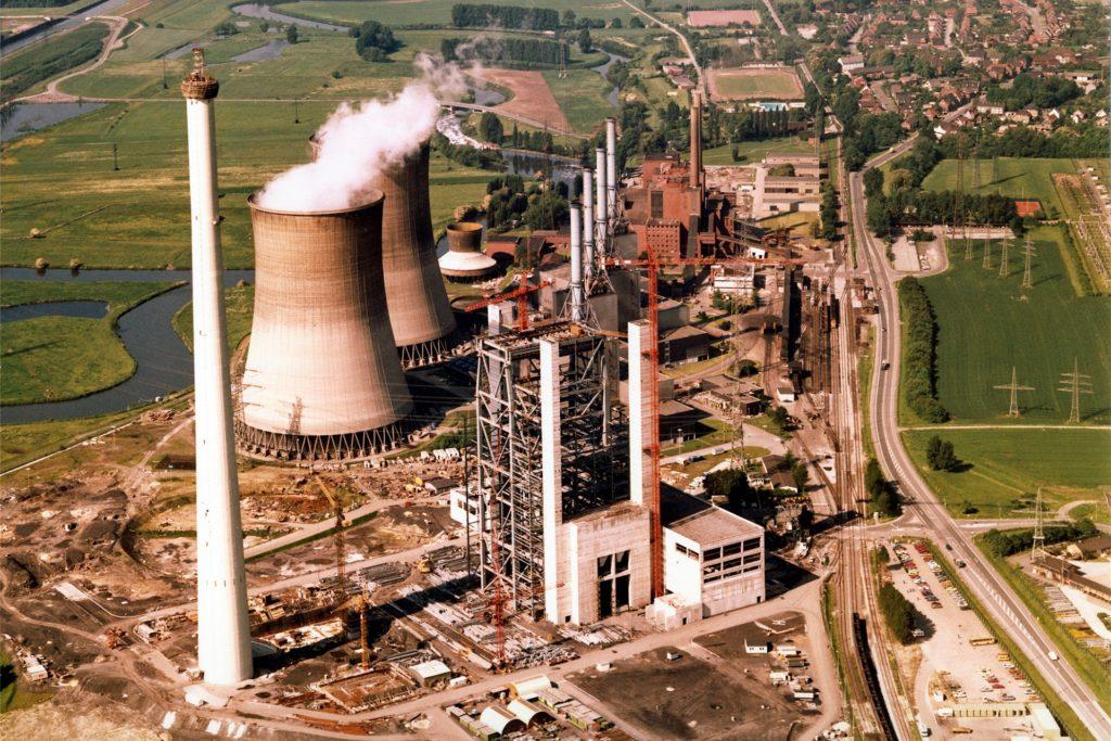 Das Gersteinwerk, hier ein Luftbild aus den 1980er Jahren, war und ist die Landmarke für Stockum. Allerdings ist das Kraftwerk heute in weiten Teilen stillgelegt.