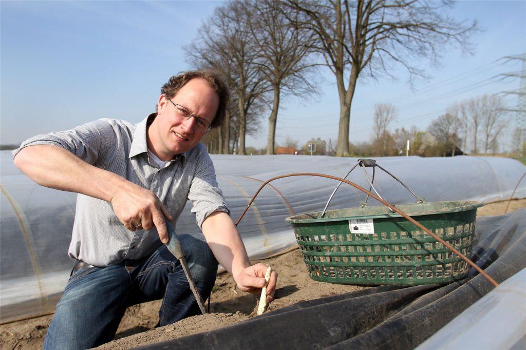 Der bekannte Spargelhof Bleckmann ist in der Bauerschaft Holthausen-Schmintrup zu finden.