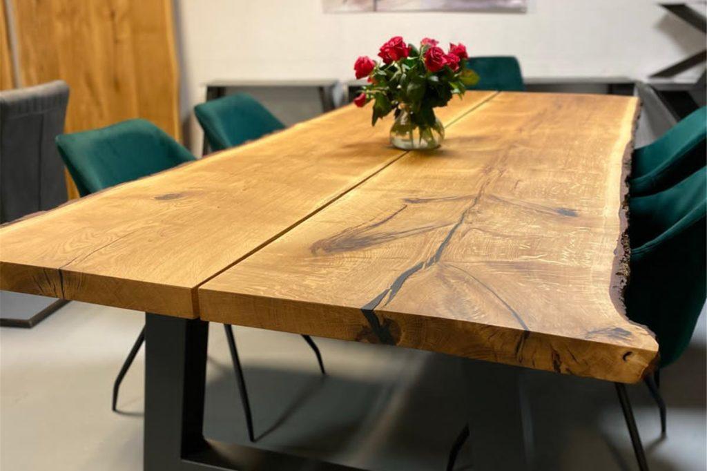 Im Tisch Trend Depot in Hombruch gibt es Massivholz-Tische, Stühle und Echtholz-Wandverkleidungen zu kaufen.