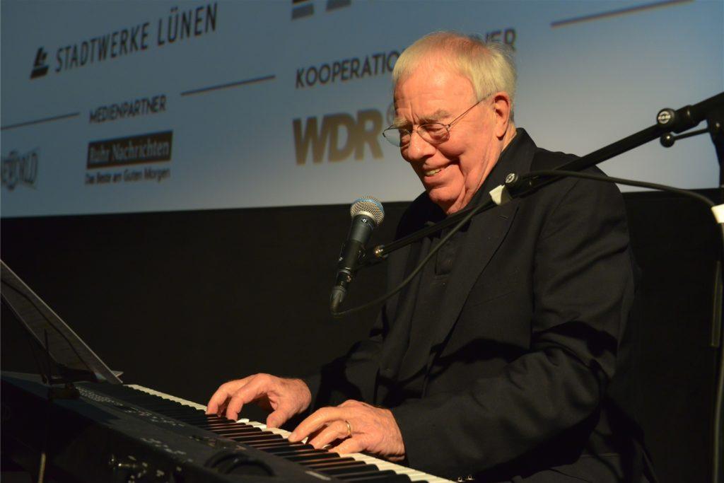 Christian Bruhn begeisterte bei seinem Gastspiel vor zwei Jahren in der Cineworld das Publikum mit einem Medley aus vielen seiner großen Hits. Damals traf Lydia Menn ihn das erste Mal persönlich.