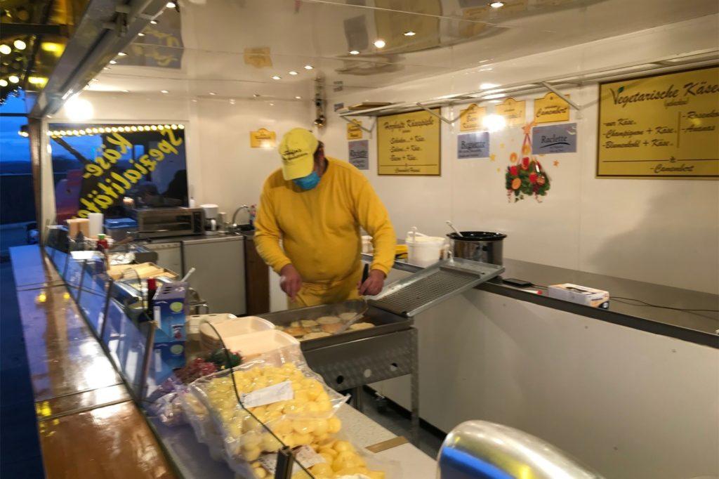 An der K20 gibt es jetzt gebackenen Camembert und Reibekuchen.