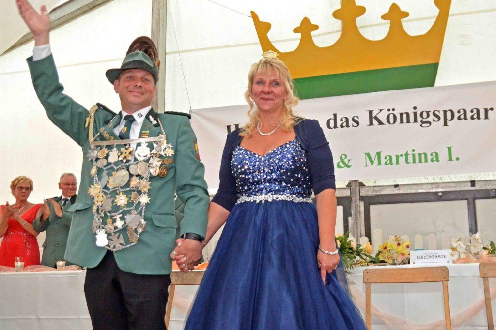 Gerd II. und Martina I. Garbe bei der Proklamation 2018.