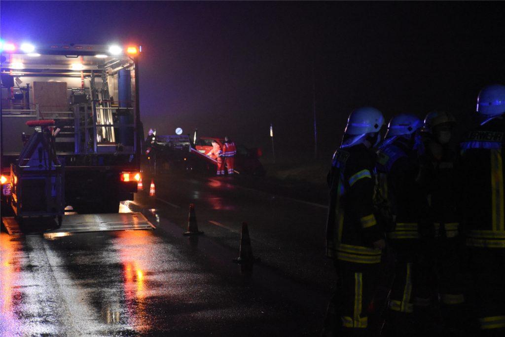 Feuerwehr, Polizei und Rettungskräfte waren im Einsatz.