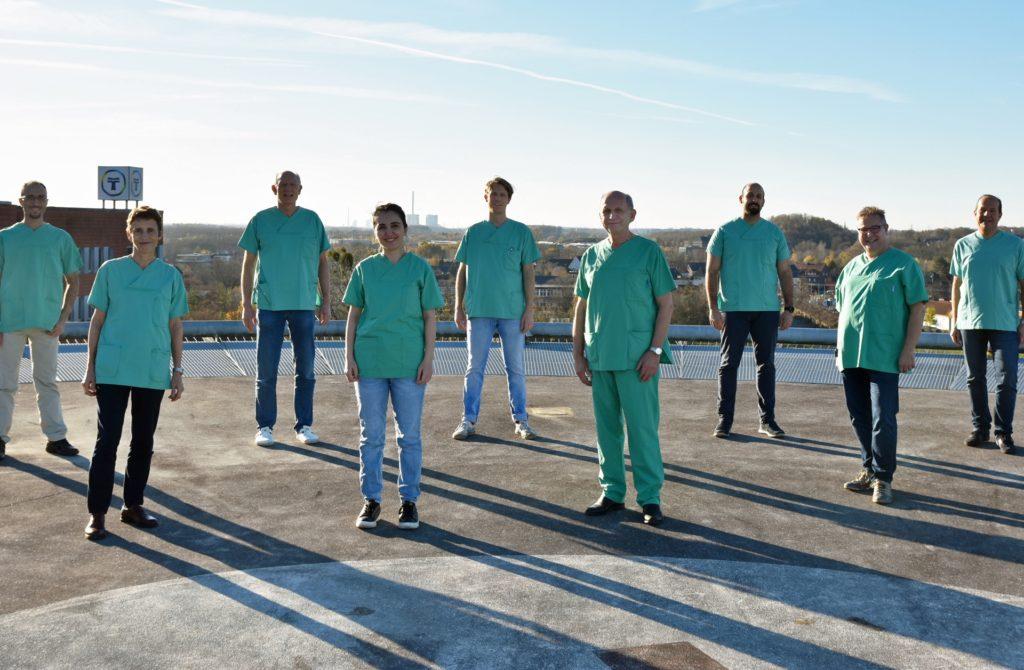Der Werner HNO-Arzt Dr. Vieth (4. v. r.) mit Kolleginnen und Kollegen aus der Praxis-Gemeinschaft.