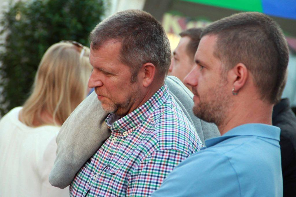 SPD-Ratsherr Bernd Goerke (l.) aus Castrop-Rauxel wehrt sich gegen eine