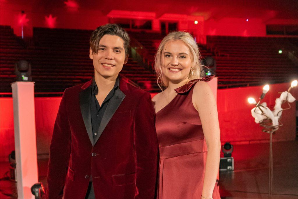 Laura van den Elzen und Mark Hoffmann spielen ein Konzert in der Dortmunder Westfalenhalle.