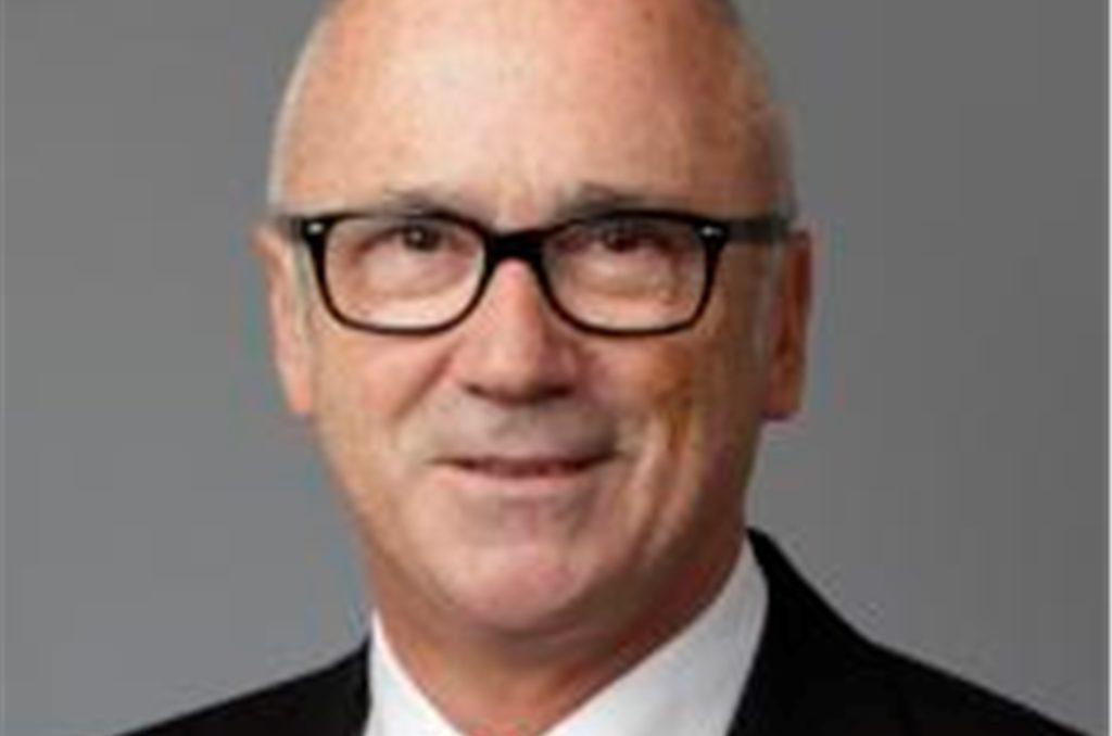 Manfred Nix ist verantwortlicher Leiter für das Geschäft mit Unternehmerkunden in der Region Dortmund