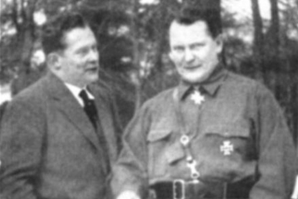 Auch NS-Reichwirtschaftsminister Hermann Göring (r.), ein Freund Wilhelm Tengelmanns (l.), war in Hullern zu Gast.