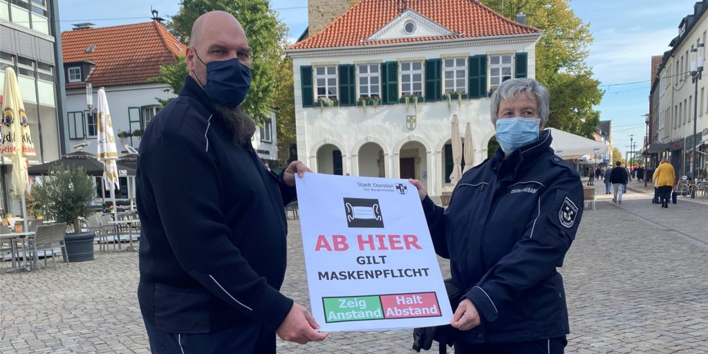 Maskenpflicht gilt bereits jetzt in der Fußgängerzone. Welche Maßnahmen nun aufgrund der gestiegenen Inzidenz hinzukommen, will der Kreis Recklinghausen mit dem Gesundheitsministerium abstimmen.