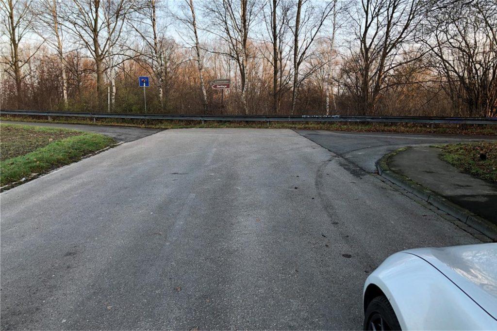 Wenn es nach der SPD geht, soll an dieser Stelle eine Brücke zwischen Grüggelsort (Foto) und Piepenbrink über die B236 entstehen. Die Idee gibt es schon lange, die Planung aber zieht sich hin