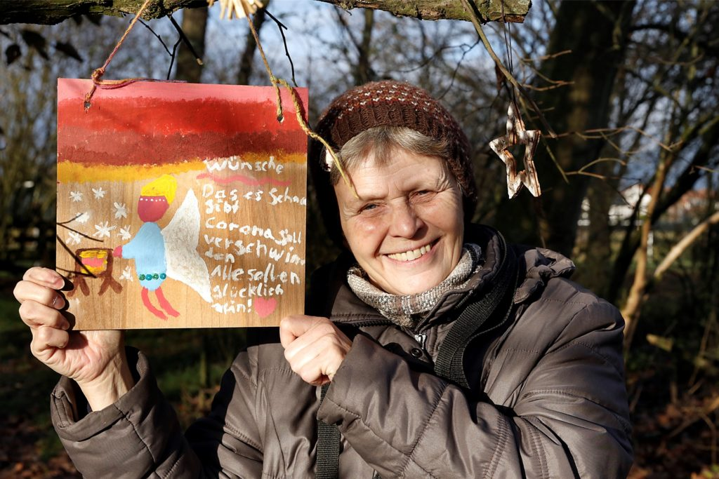Diese Botschaft hat Mechthild Puschmanns Nichte Charlotte an der Krippe aufgehängt.