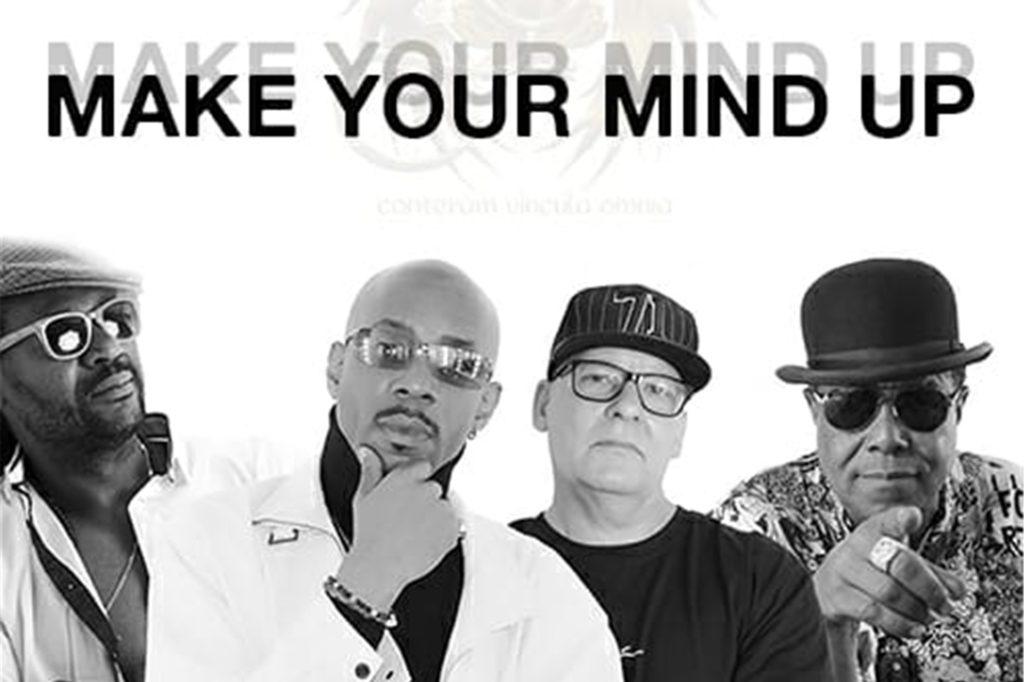 Toni Tuklan, Reggae-Star aus Werne (l.), hat gemeinsam mit Tito Jackson (r.) und EEDB (Eagle E and Doc B, M.) sowie Kaos MC und Duendy Primeiro einen Song aufgenommen.
