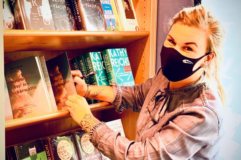 Wiebke Vahlbruch hat ihre Bücher bei Thalia auf Bitte des Inhabers signiert.