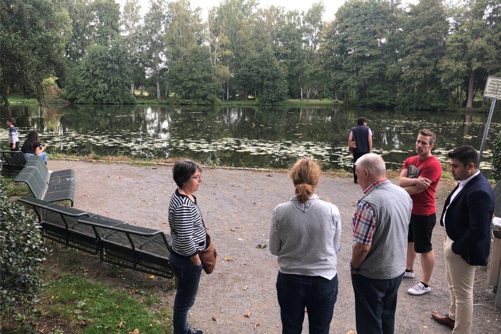 Wie kann der kleine Platz zwischen Mühlenteich und Rathaus mehr Aufenthaltsqualität bekommen? Darüber diskutierten die DTP-Planer im September mit den Bürgern.