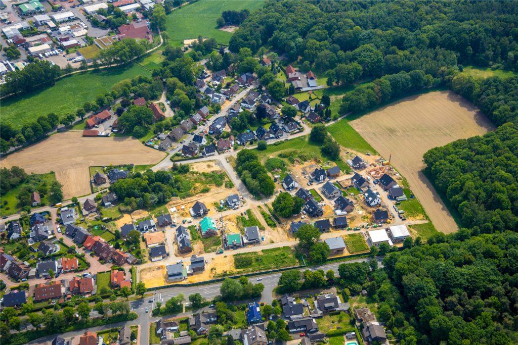 Luftbild vom Baugebiet Im grünen Winkel: Für Straßen- und Radwegeausbau hier sowie an der Antonius- und Kapellenstraße sind 1,26 Millionen Euro vorgesehen.