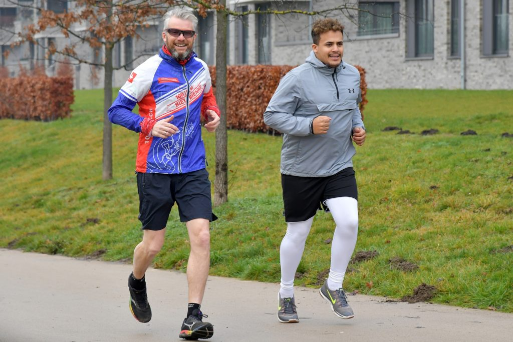 Ultraläufer Michael Petry (l.) stellte sich trotz der Pandemie weiterhin seinen persönlichen Herausforderungen.