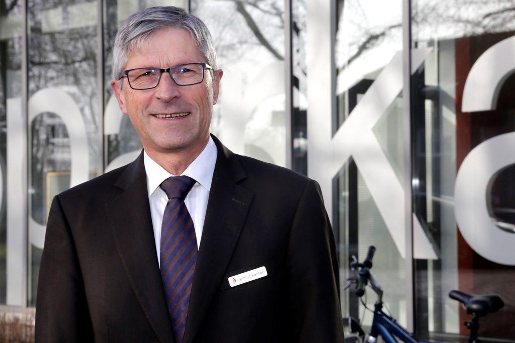Sparkassen-Vorstandsvorsitzender Helmut Kanter sieht sein Haus gut aufgestellt.