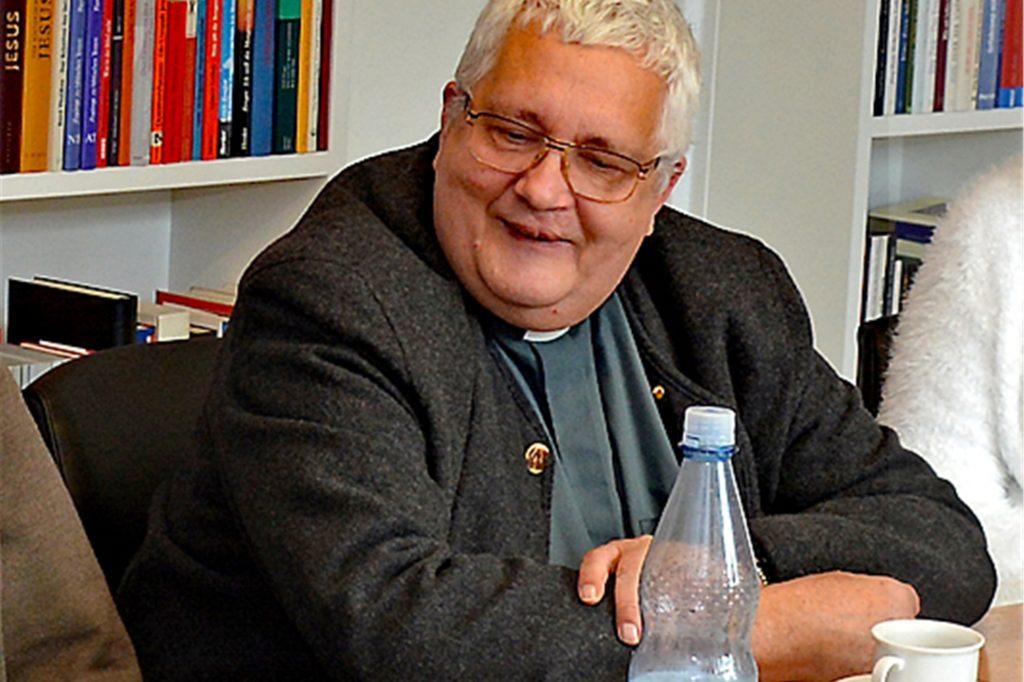 Pastor Ludger Uhle ist aus gesundheitlichen Gründen emeritiert worden. Er übernimmt aber weiterhin seelsorgerische Aufgaben in der Pfarrgemeinde St. Otger.