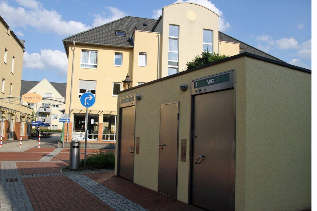 50 Cent kostet die Benutzung der öffentlichen Toilettenanlage in der Stadt.