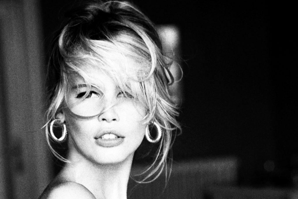 Ellen von Unwerth hat Claudia Schiffer für eine Kampagne fotografiert.