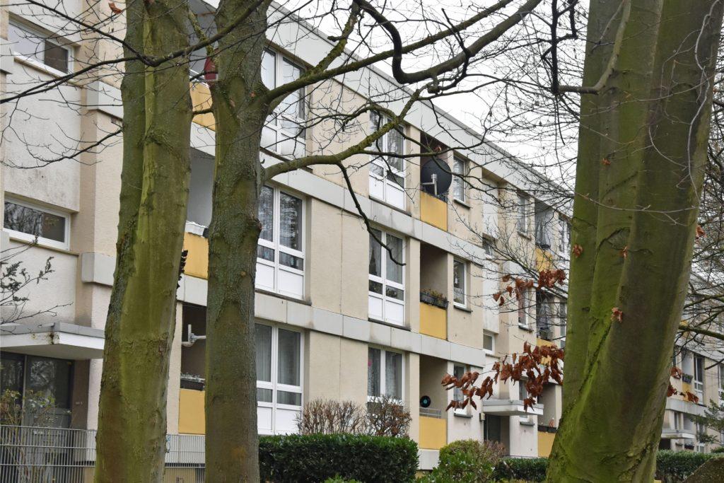 Gegenüber des Ordalwegs haben auch die Häuserreihen am Geleitweg 11-25 den Eigentümer gewechselt.
