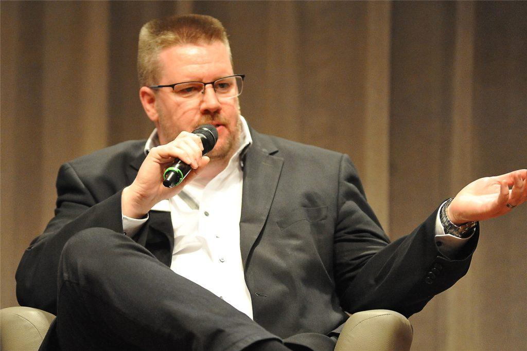 Nils Bettinger, Fraktionsvorsitzender und Stadtverbandschef der FDP, findet die neue Regelung nicht gut, weil von der Wissenschaft nicht belegt und nicht zu kontrollieren.