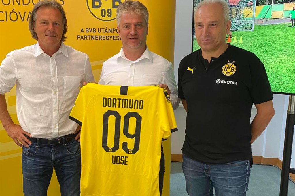 Theo Schneider (l.) entwickelte mit Borussia Dortmund eine Kooperation.