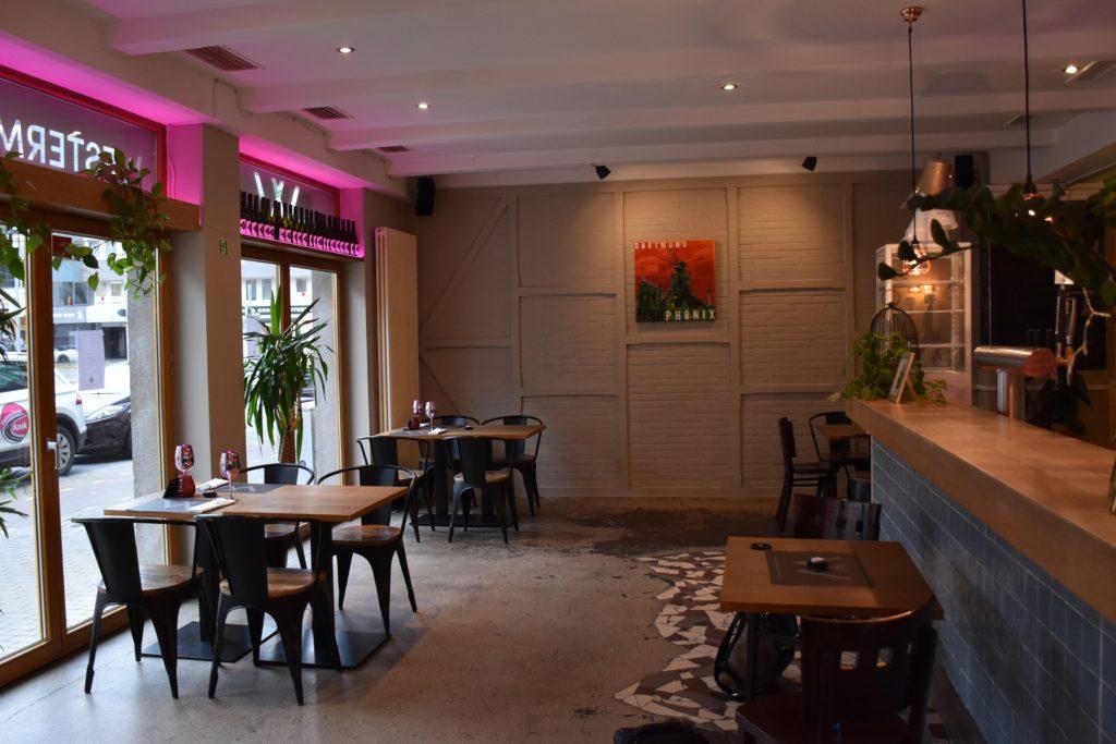 Das Westermanns in der Kaiserstraße ist leer: Mit Lieferdienst und Abholservice hält sich das Restaurant während des Lockdowns über Wasser.