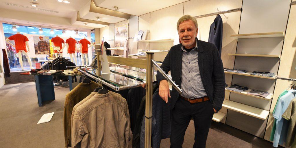 Ulrich Borgerding an einem der letzten Verkaufstage im Dezember. Dann beendete der Lockdown seine Geschäfte vorzeitig.