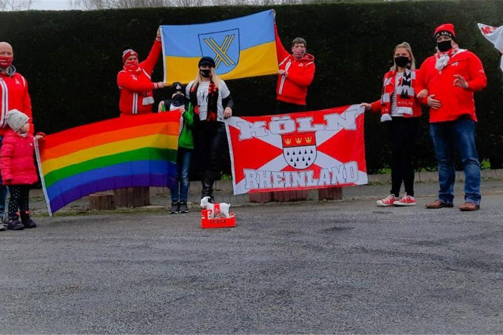 Castrop-Rauxeler FC-Köln-Fans bei ihrer Demonstration für eine bunte Stadt.