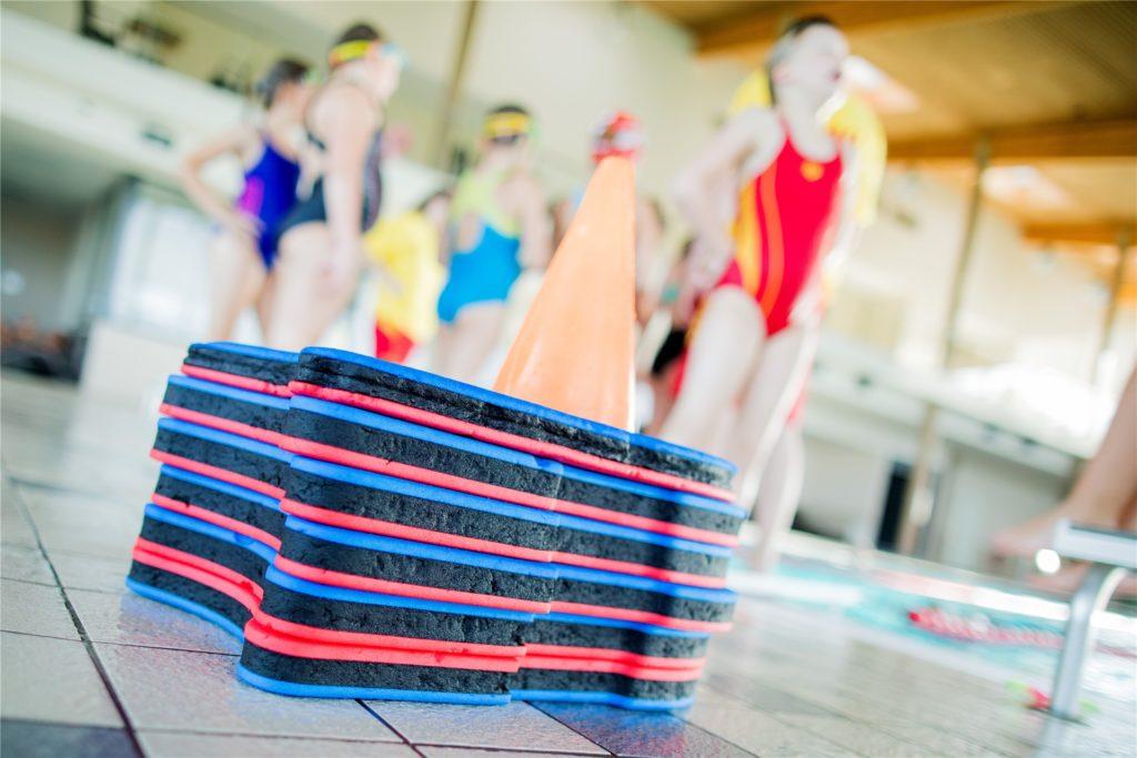 Viele Kinder lernen bei der DLRG schwimmen. Das ist im Moment unmöglich.