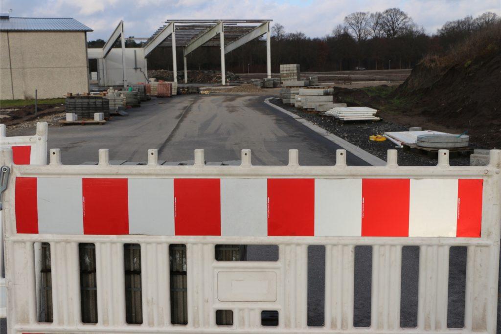 Die hintere, bereits erschlossene Bereich des Geländes wird bald in Gänze mit dem vorderen Abschnitt verbunden sein.