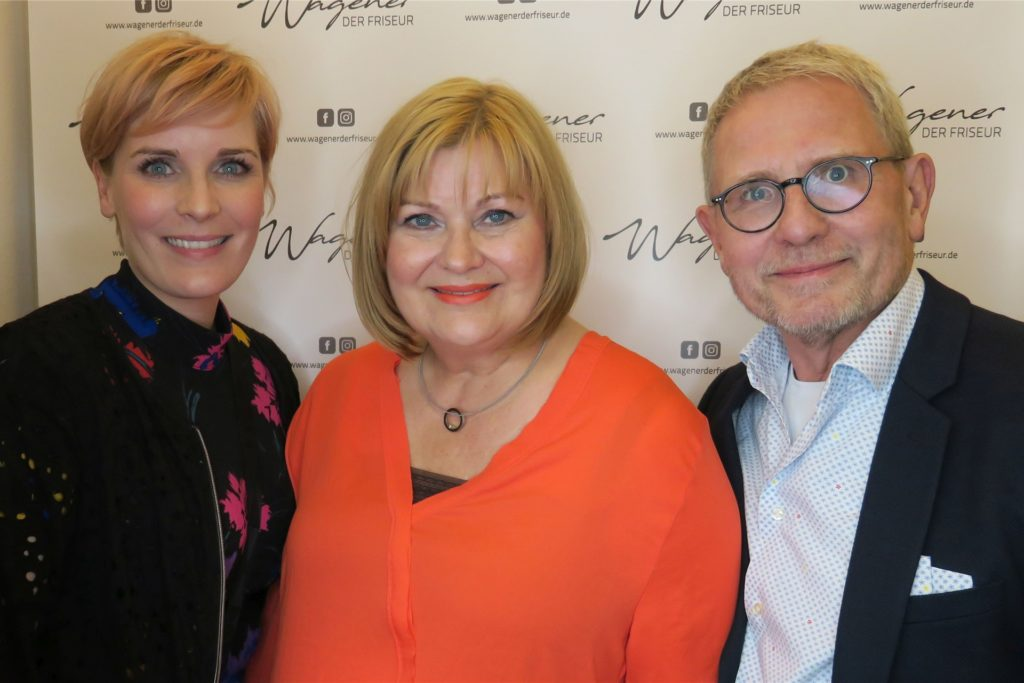 Stefan Wagener führt mit seiner Frau Rita Wagener (m.) und seiner Tochter Teresa den Friseursalon