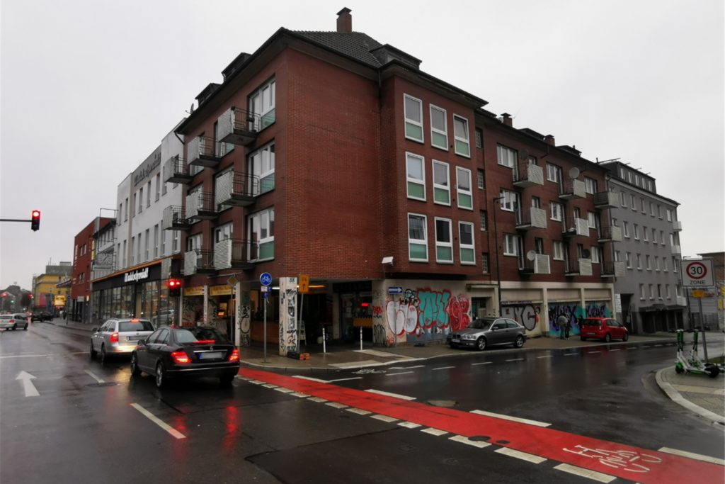 """In diesem Gebäude an der Rheinischen Straße befindet sich die """"Geisterküche"""" von """"Chicos""""."""