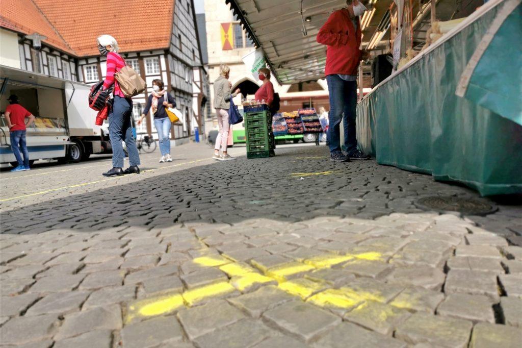 Welche Markthändler auf dem Wochenmarkt in Werne erlaubt sind, wurde seit Mitte Dezember dreimal geändert. Seit Montag sind einige Händler wieder verboten. Nun ist klar, warum es ein Regel-Chaos rund um die Coronaschutzverordnung gibt.
