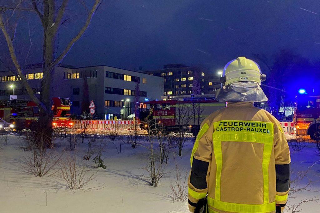 In einem Patientenzimmer kam es zu einem Feuer.