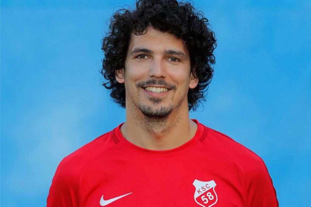 Mitte 2019 hat Karim Bouasker das Amt als Co-Trainer beim Kirchhörder SC übernommen.