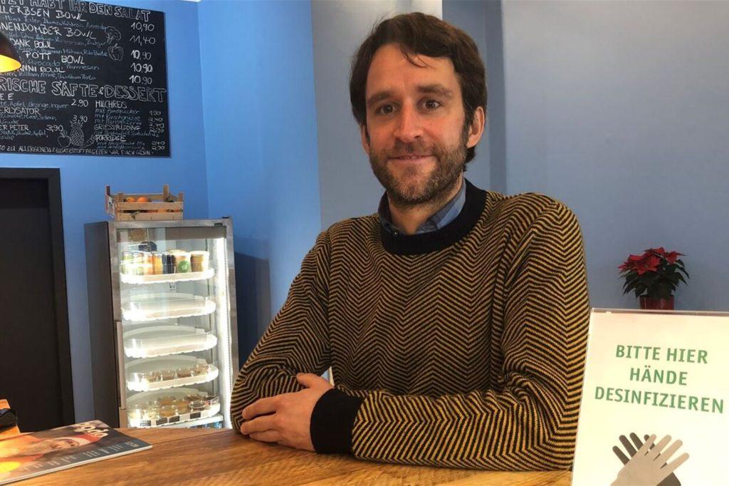 Gastronom Martin Strauch hat nach der Insolvenz neu angefangen - mitten in der Pandemie.