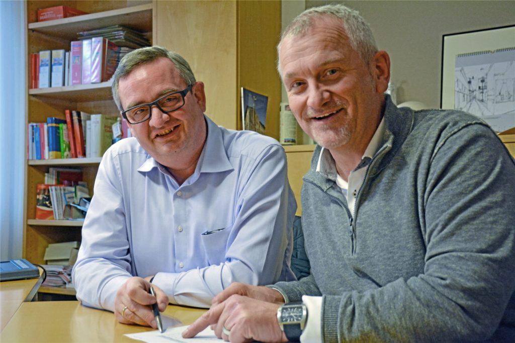 Klaus-Dieter Weßing und Günter Wewers (Archivbild) haben die Zahlen für die Schulentwicklung im Blick.