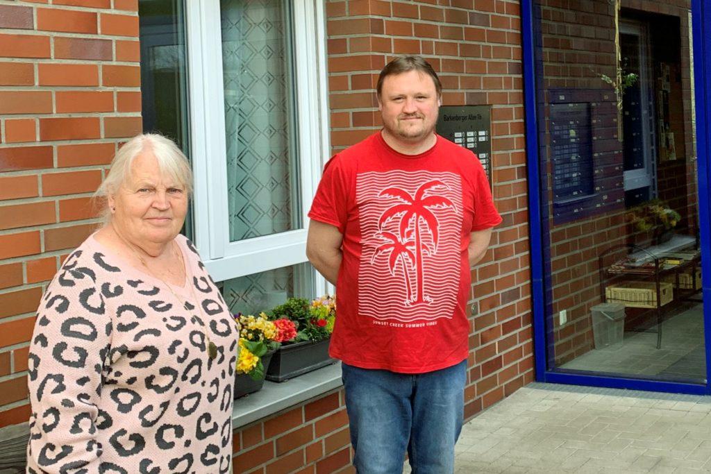 Generationen übergreifendes Wohnen am Standort der ehemaligen Blauen Schule: Roswitha Himmelmann und Ronny Walters gehören zum Vorstand des Vereins und leben dort glücklich mit ihren Nachbarn zusammen.