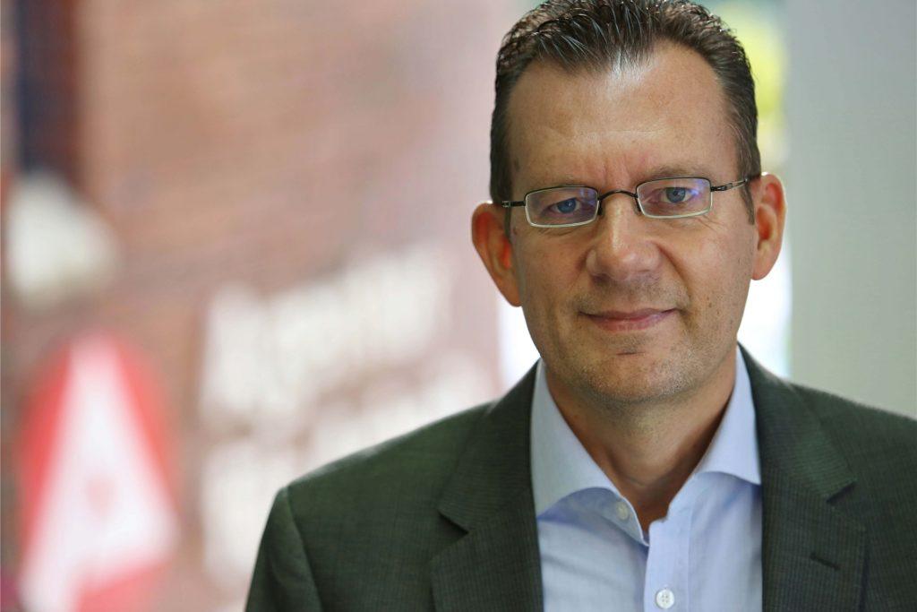 """Stefan Bunse, Leiter der Agentur für Arbeit an der Widumer Straße, zieht im Interview Bilanz des Corona-Arbeitsmarkt-Jahres. Er sagt: """"Das ist auch ein Erfolg der Unterstützungsmaßnahmen der Politik und der arbeitsmarktpolitischen Instrumente wie der Kurzarbeit."""""""