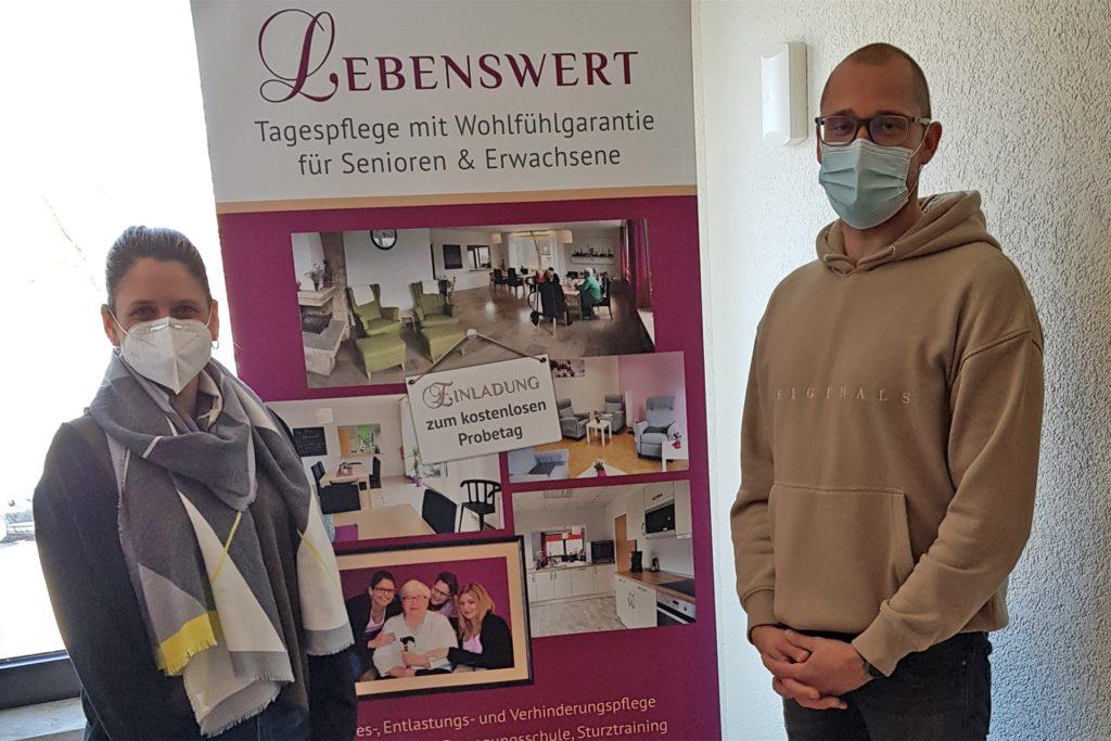 Mareike und Anton Richert haben am Mittwoch (28.4.) ein Testzentrum am Westerfilder Markt eröffnet.