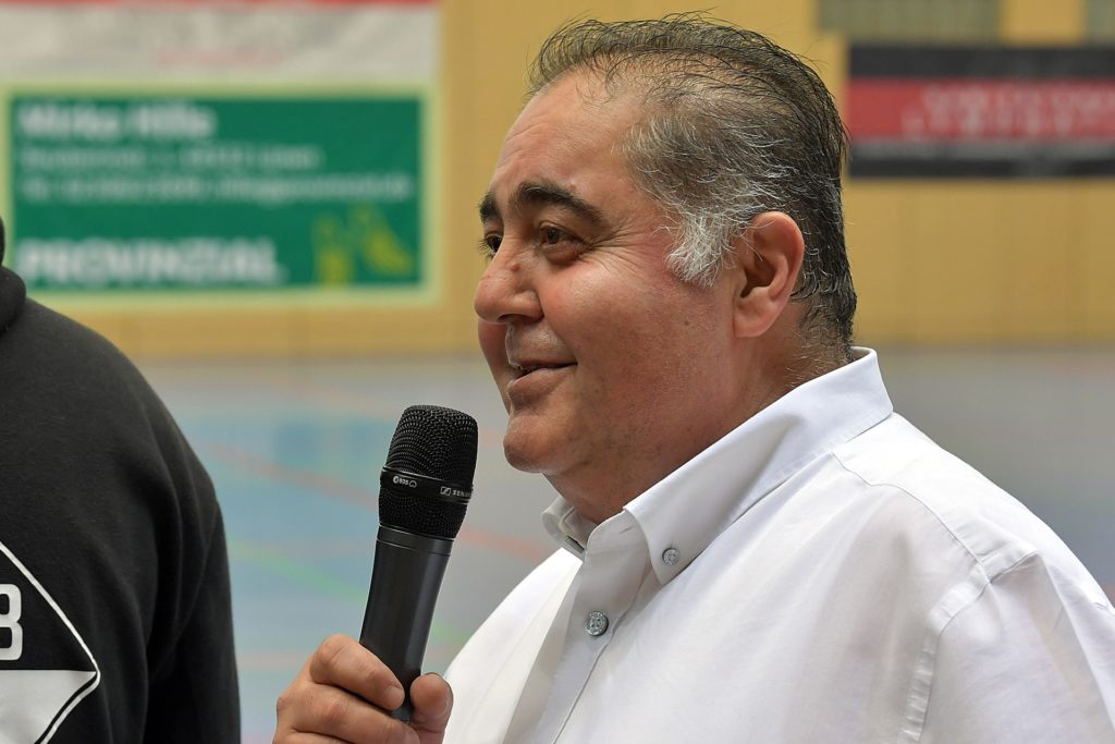 Der stellvertretende Vorsitzende des Stadtsportverbands Cemil Arpaci hat die Vereine zu einem Online-Meeting eingeladen.