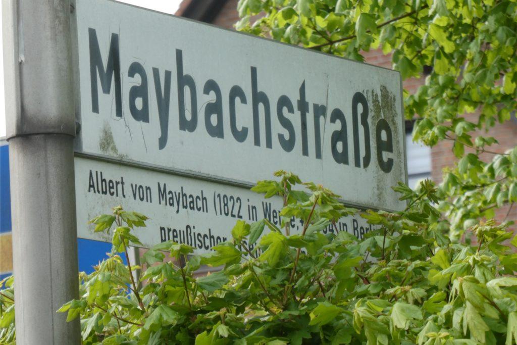 Die Maybachstraße trägt den Namen eines Ehrenbürgers der Stadt.