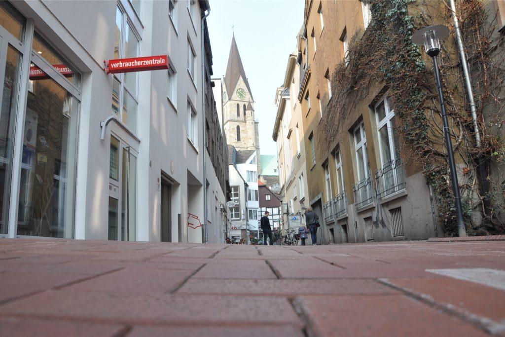 In der Castroper Altstadt dürfen die Läden am Montag wieder öffnen.