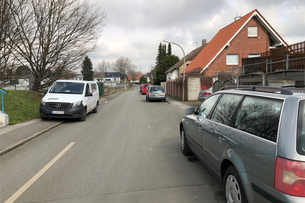 Die Straße In den Börten ist eng - zu eng, um dort noch weiteren Verkehr aufzunehmen, finden die Anwohner