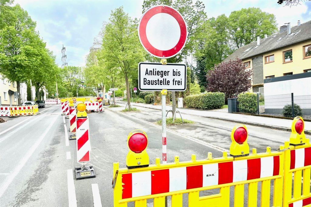Ob von Norden oder von Süden: An der Fuldastraße ist die Wittbräucker Straße voll gesperrt. Das sorgt für Schleichverkehre.