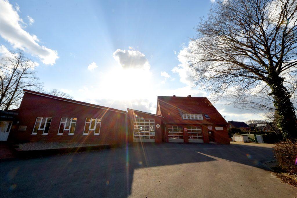 Wie geht es mit dem alten Feuerwehrgerätehaus in Wüllen und vor allem mit den Räumen des Musikvereins Wüllen weiter? Die Planung zieht sich noch hin.